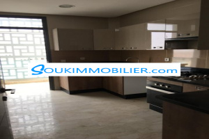Appartement vide de 110 m2 Founti