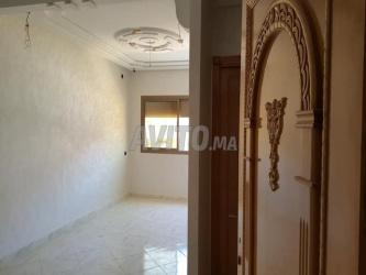 appartement de lux 96m pas loin de camelia meknès