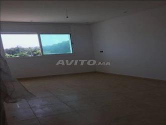 belle appartement 108 m2 a maghrib arabi