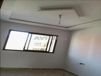 شقة دات واجهتين 90 متر،جودة عالية للبيع
