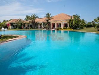 Magnifique villa à Bouskoura