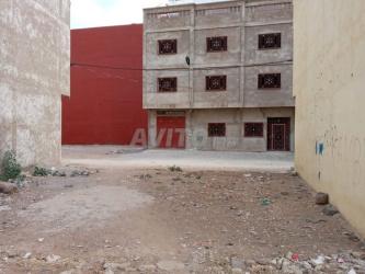 ارض للبيع قرب سوق الحوطية