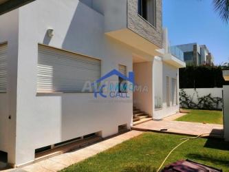 villa vide de 600 m2 à louer à hay riad
