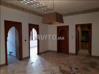 appartement 82 m2 a usage d habitation ou bureau