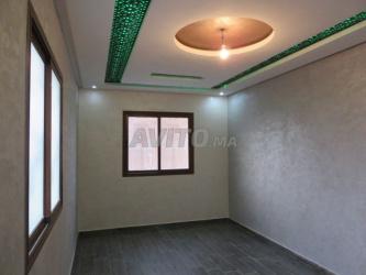 appartement de 80 m 3 façades 1etaje 4 pièces