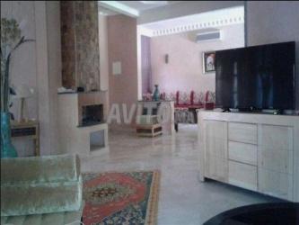 Villa de 640 m2 meublée a route de Targa