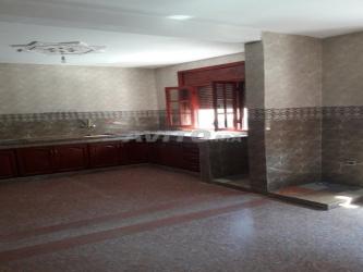 شقة 3غرف 140m للكراء اولاد اوجيه قرب مقهى دمشق