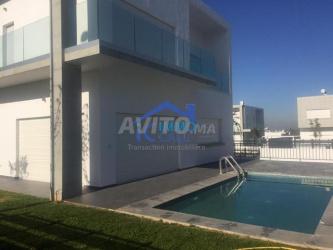 villa vide 490 m2 à louer à souissi