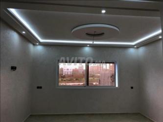 شقة جديدة جميلة مكونة من 80 مترا مربعا في م