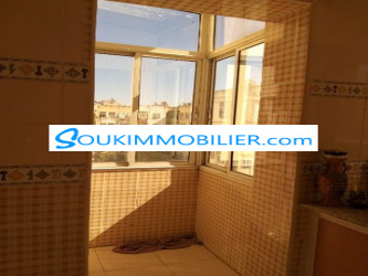 belle appartement à mostakbal 4 etage 350000dh