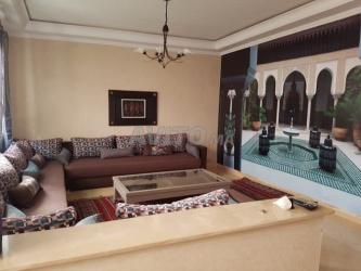 tres jolie sous sol de villa meublé 3 chambres