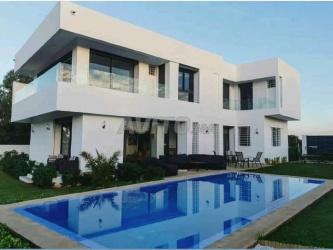 maison de 320 m2 wifak temara à couté carrefour