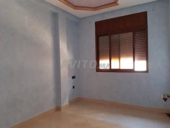appartement r/2 de 90 m2 najmat al janoub
