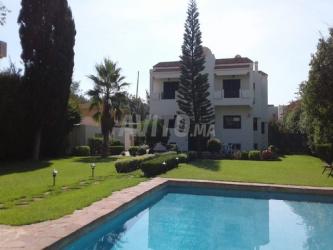 villa de 1750 m2 à souissi