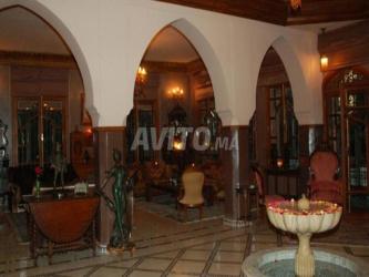 luxueuse et prestigieuse villa meublée a marrakech
