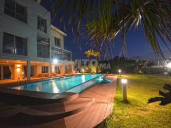 villa de luxe pied dans l'eau