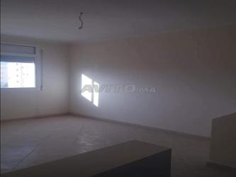 appartement de 70 m2 et 80m2 avec assanceur