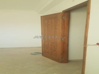 appartement neuf 55 m2 dans maison à gzenaya