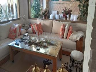 etage villa meublé
