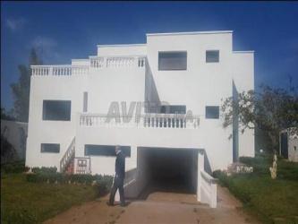 villa usage professionnel 2000m2 sur suissi