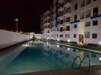 duplex au résidence fermée avec piscine