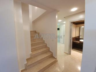 charmant duplex 114 m2 à vendre à nassim