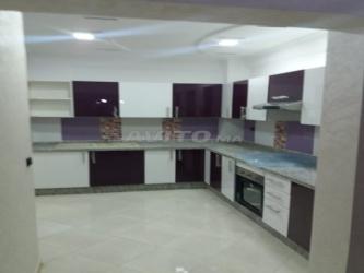 شقة مميزة 83 متر من الروعة بسيدي رحال الشاطئ