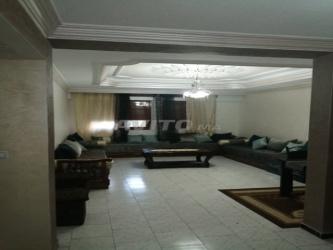 appartement 100 m2 mueble 3 chambre centre ville