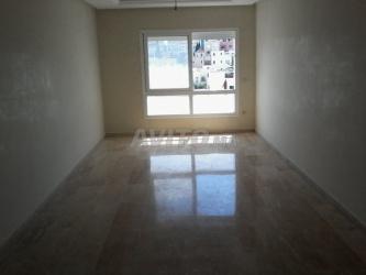 appartement de 102 m2 centre ville rue de marrakec