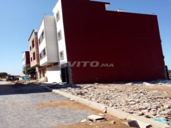 terrain 106 m 3 facades wifak temara