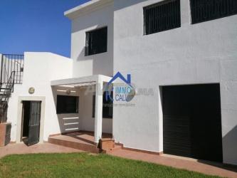 villa usage habitation et bureau à souissi