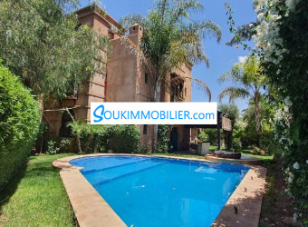 villa orientaliste front golf avec piscine jardin