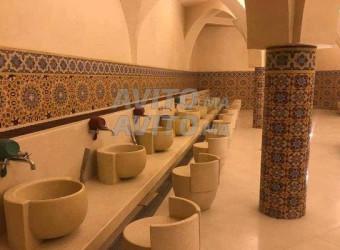 terrain 275 m2 4 façades pour hammam à deroua