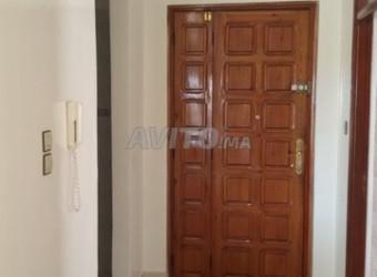 Appartement de 140 m2 Hay Salam