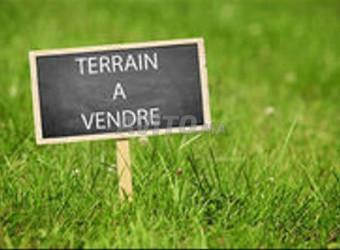 terrain 250 m2