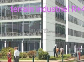 terrain industriel r4