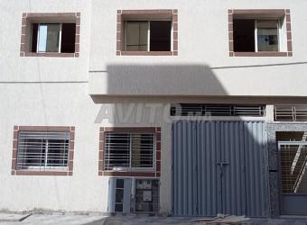 شقة سفلية 90متر م بالكراج بمركز المدينة