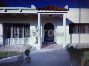 maison de 780 m2 hay riad