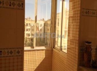 belle appartement à mostakbal 4 etage 350000dh