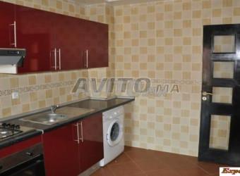 شقة 2غرف 68م2 تطل على شاطئ سيدي رحال تسليم فوري